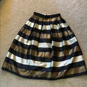 HP🎉🍁Metallic striped full Chicwish midi skirt
